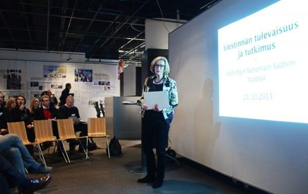 Yliasiamies Heleena Savela avasi tilaisuuden Päivälehden museolla.