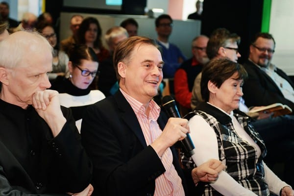 Yleiösä oli paikalla yli 60 henkilöä. Kysyjänä Kunnallisalan kehittämissäätiön asiamies Antti Mykkänen.