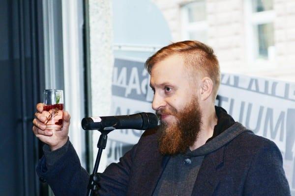 "Kyrö Distiller Companyn perustajajäsen Mikko ""Kobra"" Koskinen."
