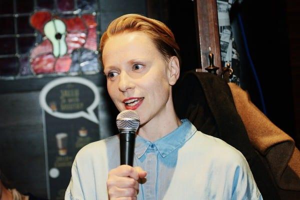 Kati Toivanen vietti stipendivuotensa Oxfordissa Reuters Instituutissa.