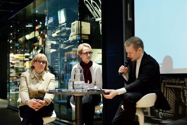 Elina Grundström, Paula Paloranta ja Matias Turkkila.